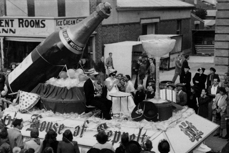 1951 Parade Seppelt